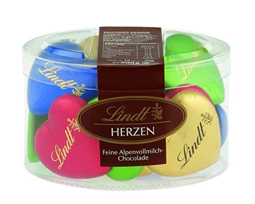 Lindt Vollmilchschokolade in Herzform, farblich...