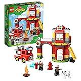 LEGO 10903 DUPLO Feuerwehrwache mit Feuerwehrauto und 2 Feuerwehrfiguren, Licht & Geräusche, Spielzeug für Kinder im Alter von 2 bis 5 Jahren