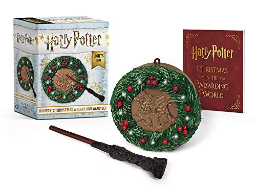 Harry Potter: Hogwarts Christmas Wreath and Wand...